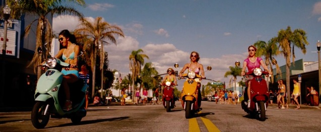 spring_breakers_frame_grab_06