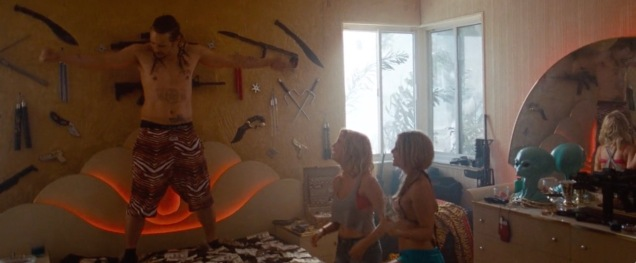 spring_breakers_frame_grab_14